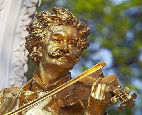 Statue Johann Strauss • Vienna, Austria