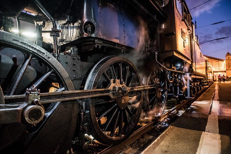 Locomotiv Nostalgy Train Transfer from Nyugati Railway Station • Budapest, Hungary
