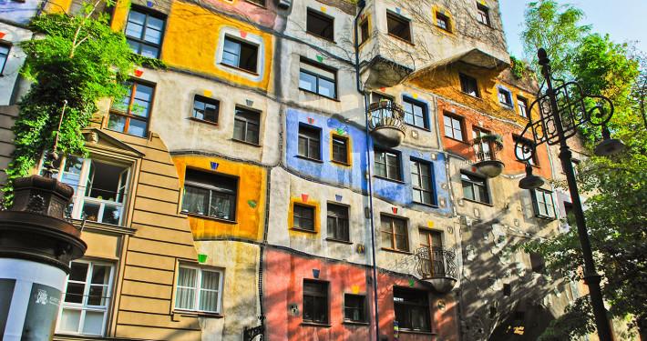 Hundertwasserhaus • Vienna, Austria