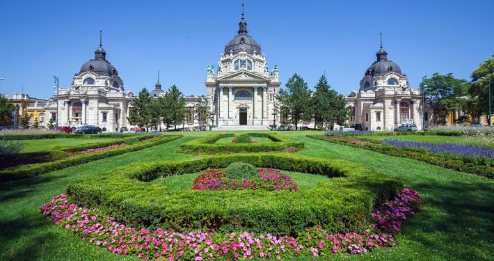 Széchenyi Bath • Budapest, Hungary